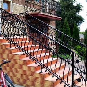 Balkony8